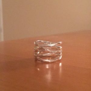 Premier Designs Down to the Wire ring